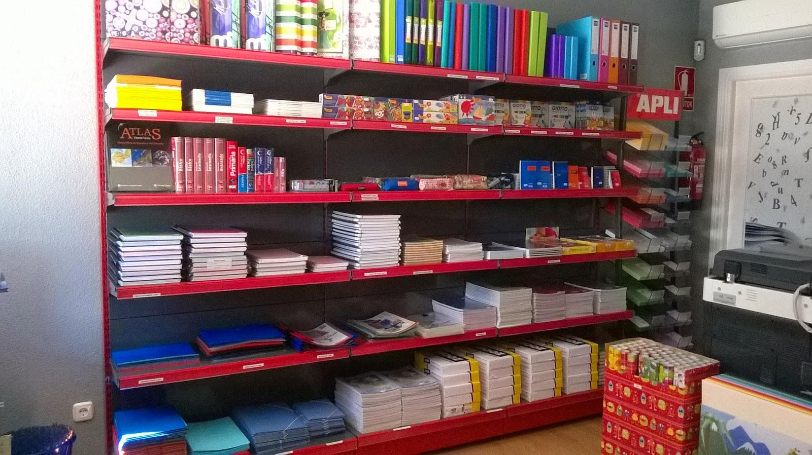 Fotos de mobiliario para librer as anfra instalaciones - Estanterias para librerias ...